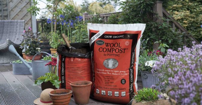 Wool Compost with comfrey